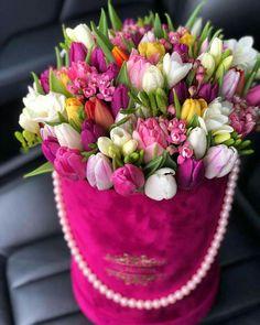 Beautiful Rose Flowers, Beautiful Flower Arrangements, Amazing Flowers, My Flower, Floral Arrangements, Beautiful Flowers, List Of Flowers, Flower Boutique, Spring Wedding Flowers
