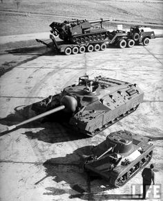 Three quite unique and interesting machines - T92 Howitzer Motor Carriage on top, T28 super heavy tank in the middle and M22 Locust ligth tank on the bottom.