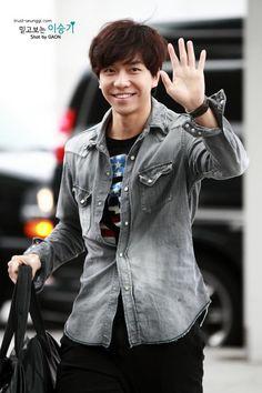 Lee Seung Gi - always smile, noonas like!