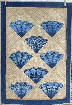 Patchwork Quilt series: Grandmother's Fan pattern