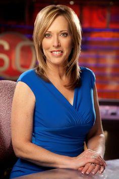 Sportscaster Linda Cohn Talks Love of the Game, Chiropractic Care Jenn Sterger, Georgia Girls, Chiropractic Care, Business Portrait, Hazel Eyes, New York Mets, Sports Women, Female Sports