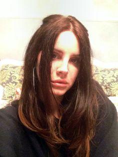 "Lana Del Rey's selfie for the German ""Intro"" Magazine #1"