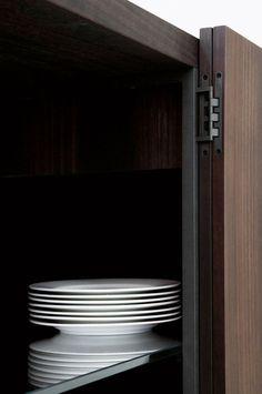 Contemporary sideboard / metal / eucalyptus / by Piero Lissoni - TILLER - Porro