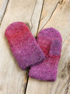Tovade vantar i Novita Joki Yarn Crafts, Diy And Crafts, Knitting Accessories, Mittens, Knitting Patterns, Knit Crochet, Loom, Slippers, Textiles