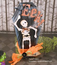 Halloween coffin goodie box using the  Cricut Artiste