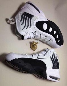 8345b849381 Nike Zoom Sonic Flight - White - Black - SneakerNews.com