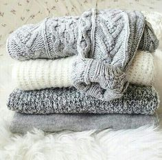 Welcome to the HoboWarehouse.Com We have a large selection of vintage warm sweaters waiting for you! Just make your choice's in the drop down menu and we will send you a fantastic sweater with your re