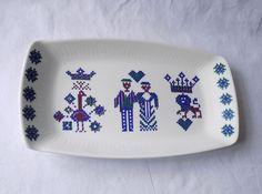 VINTAGE FIGGJO FLINT POTTERY, NORWAY, RECTANGULAR DISH. RARE MENU DESIGN. Menu Design, Norway, Dishes, Vintage, Pottery, Tablewares, Vintage Comics, Dish, Signs