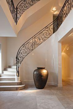 Hullebusch - PIETRA DEI MEDICI - poco veccio - Stairs - floor Staircase Design Modern, Luxury Staircase, Stair Railing Design, Iron Staircase, Interior Staircase, Staircase Railings, Stairs Architecture, Home Room Design, Home Interior Design