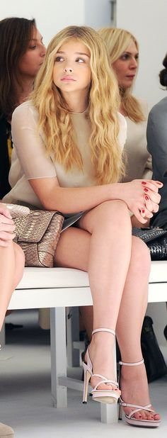 Chloe moretz  with her legs forever, so beautiful