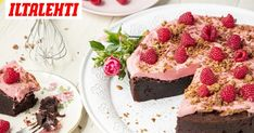 Mudcake eli mutakakku on vastustamaton. Pie Recipes, Cheesecake, Goodies, Sweets, Baking, Eat, Desserts, Food, Drinks