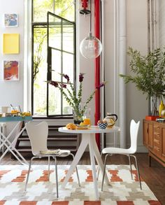 Tripod Table for Small Space  Modern Dining Table for Small Space