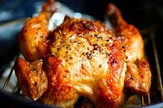 I love Crispy chicken. And whole chickens are actually a lot cheaper than buying chicken a different way. chicken recipes for dinner Crispy Roasted Chicken, Roasted Garlic, Baked Chicken, Tandoori Chicken, Oven Chicken, Chicken Pasta, Healthy Chicken, Chicken Wings, Oven Roasted Whole Chicken