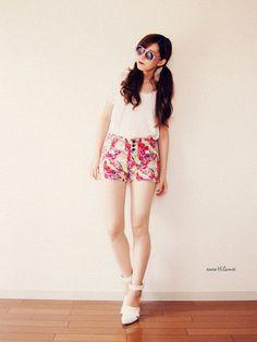 xoxo hilamee t-shirt shoes sunglasses shorts
