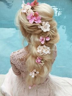 I'm planning a Tangled wedding for myself and my imaginary future groom, and this would be perfect hair!