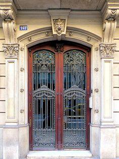 Barcelona - Pau Clarís 141 d | Arnim Schulz | Flickr