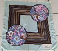 Vintage foulard carre en soie MAGGY ROUFF. Foulard CarréMeilleur Prix Livraison a619c4d4f63