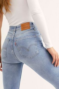 Levi's Mile High Super Skinny Jeans - Levi& Mile High Super Skinny Jeans – Jeans – Levis – Denim – Free People Source by rashtee - Jeans Orange, Women's Green Jeans, Faded Black Jeans, Ripped Mom Jeans, Superenge Jeans, Super Skinny Jeans, High Jeans, High Waist Jeans, Jeans Size