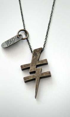 """Essa é uma das correntes com o melhor conceito que eu ja vi, """"Nós Somos Diferentes""""(We Are Diferents) a WAD é a melhor pedida para quem é cristão e ama moda! www.wad.com.br"""