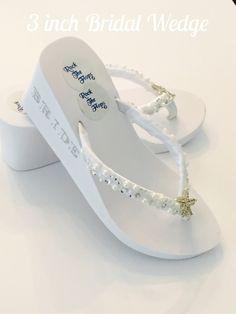 f576f7fc27774d Weiße Hochzeit Flip Flops Wedges.3 Zoll Bridal von RocktheFlops Weiße  Hochzeit