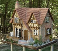 Charming Tudor cottage dollhouse!