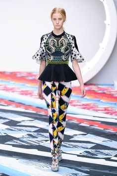 London Fashion Week Spring 2013 Runway Looks - Best Spring 2013 Runway Fashion - Harper's BAZAAR