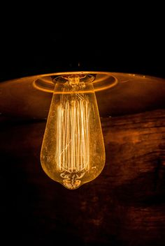 """Selling your house and wondering what are the best light bulbs to use? """"Warm White"""" bulbs are around and are Bulb Photography, Still Photography, Vintage Light Bulbs, Vintage Lighting, Edison Lighting, Cool Lighting, Perfect Glass, Blue Led Lights, Ceramic Sink"""