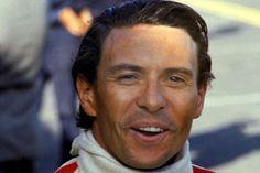 Para aqueles que nasceram depois de 1964 e não viram Jim Clark pilotar, leiam com atenção. Ontem, dia 7 de Abril, fizeram 44 anos da morte de um piloto fenomenal, Jim Clark era o melhor piloto da é…