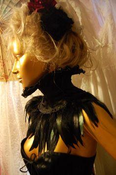 LEXI RAVEN Fabulous Gothic Victoriana Steampunk Coque Feather Collar. via Etsy.
