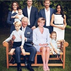 The Royal Family & Diana Lady Diana, Princess Diana Family, Princess Meghan, Princess Charlotte, English Royal Family, British Royal Families, Prince Harry And Megan, Prince William And Kate, William Kate
