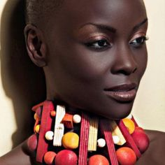 Loving the fact that African American and African women can have little or no hair and be just as beautiful! From The African Shop. African Beauty, African Women, African Fashion, African Shop, African Models, Brown Skin, Dark Skin, Light Skin, Smooth Skin