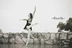 Ballet in the rain Melissa Albey Photography Hot Springs Arkansas
