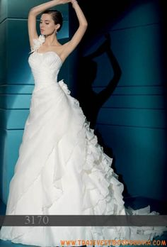 3170  Vestido de Novia  Demetrios Bride