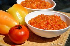 Ghiveci de vara   Retete culinare cu Laura Sava - Cele mai bune retete pentru intreaga familie Mai, Vegetables, Food, Green, Essen, Vegetable Recipes, Meals, Yemek, Veggies