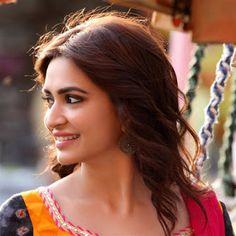 South Indian actress Kriti Kharbanda new picture gallery. Latest hot image gallery of Kriti Kharbanda. Bollywood Girls, Indian Bollywood, Bollywood Stars, Bollywood Actress, South Indian Actress, Beautiful Indian Actress, Beauty Full Girl, Beauty Women, Kirti Kharbanda