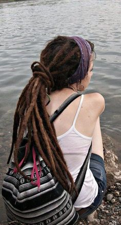 So pretty I can't stand it. One day, I'll have dreads like these. ♥