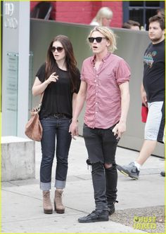 lily collins and jamie campbell bower the mortal instruments on set photos | Cazadores de Sombras Ecuador: Lily Collins y Jamie Campbell Bower ...