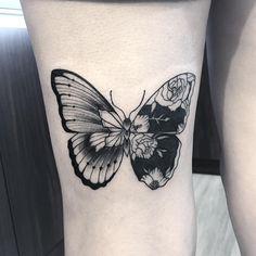 Borboleta da Mariana orçamentos pelo WhatsApp (11) 94370-8270 • Atman Tattoo • São José do Rio Preto . . #tattoo #tatuagem…