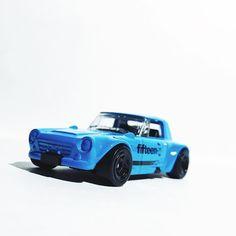 Nissan Fairlady 2000 #hotwheels #nissan #jdm #nissanfairlady #toycrew #toypics #liveandletdiecast