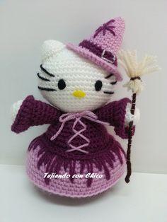 Hello Kitty Bruja - Patrón Gratis en Español y con Videotutorial aquí: http://tejiendoconchico.blogspot.com.es/2014/10/hello-kitty-14.html