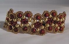 Another great Bracelet Idea from Beadalotta - pearls and seed beads