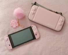 nintendo switch accessories Fully rehoused and customized Nintendo Switch! Just have one last thing in the mail which is a sakura flower decal for the backplate and then shes complete! Nintendo Switch Accessories, Gaming Accessories, Choses Cool, Kawaii Games, Nintendo Switch Case, Jugend Mode Outfits, Gaming Room Setup, Game Room Design, Cute Games