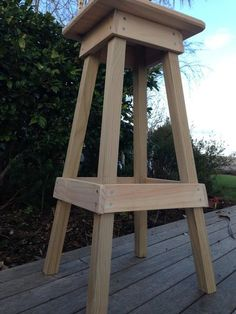 Easy Build Shop Stool
