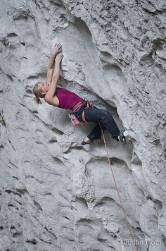 Emily Harrington climbing in the Great Arch at RocTrip China