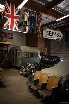 Is It a Garage, Home Or Heaven? – Photography by Yoav Gilad for Petrolicious Is It a Garage, Home Or Heaven? – Photography by Yoav Gilad for Petrolicious Man Cave Garage, Garage House, Garage Shop, Dream Garage, Car Garage, Garage Cafe, Vintage Industrial, Industrial Style, Industrial Design