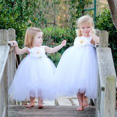 >> Click to Buy << Fashion Newborn Baby girl dress 1 year birthday Summer 2017 Sleeves Flowers Girl Party Wedding Tulle Dresses #Affiliate