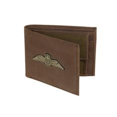 Fancy a touch of vintage class? Store your cards and cash with our Royal Air Force wallet. Made from smooth brown Hunter leather and hard-wearing canvas – the wallet features the iconic RAF wings on its front. You can also benefit from an internal coin pocket for your spare change, four cards slots and note section.