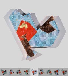 To gild the blue B. Cristales, pan de cobre, pan de oro, acrílico y papel de seda sobre cartón. 3,7 x 40 x 40 cm. 2010.