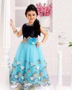 Varshini Collections Kids Party Wear and Ethnic dresses Long Frocks For Girls, Frocks For Babies, Gowns For Girls, Dresses Kids Girl, Girls Frock Design, Baby Dress Design, Kids Dress Wear, Kids Gown, Baby Frocks Designs