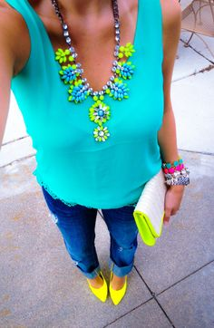 Bright turquoise tank + skinnies + neon yellow pumps & accents